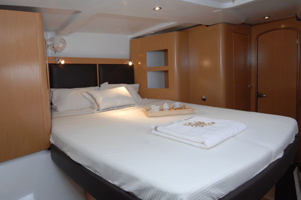 Charter the Fountaine Pajot Orana 44 in Marmaris